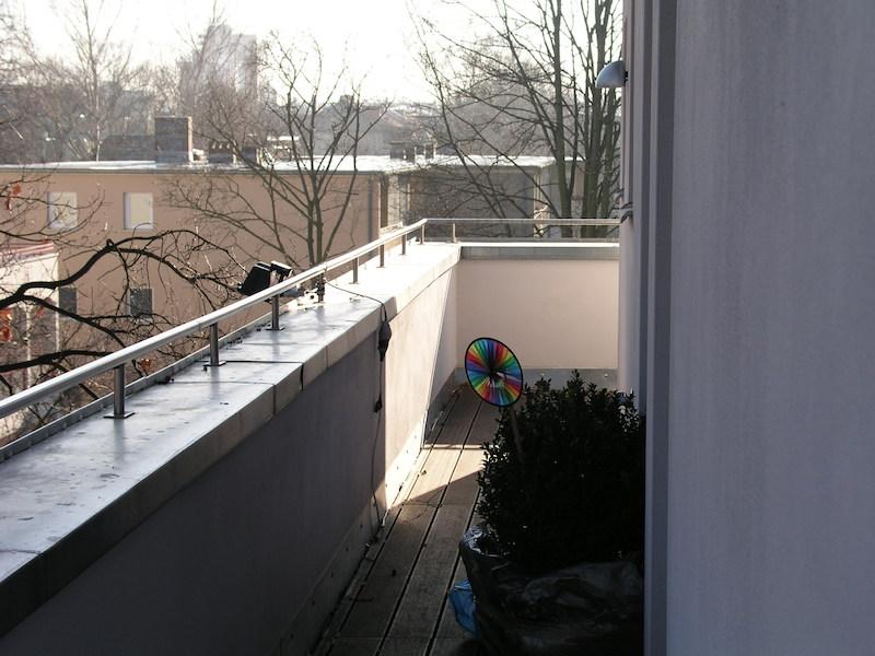Wohnhaus für zwei Familien in Berlin Innenarchitektur – Balkon