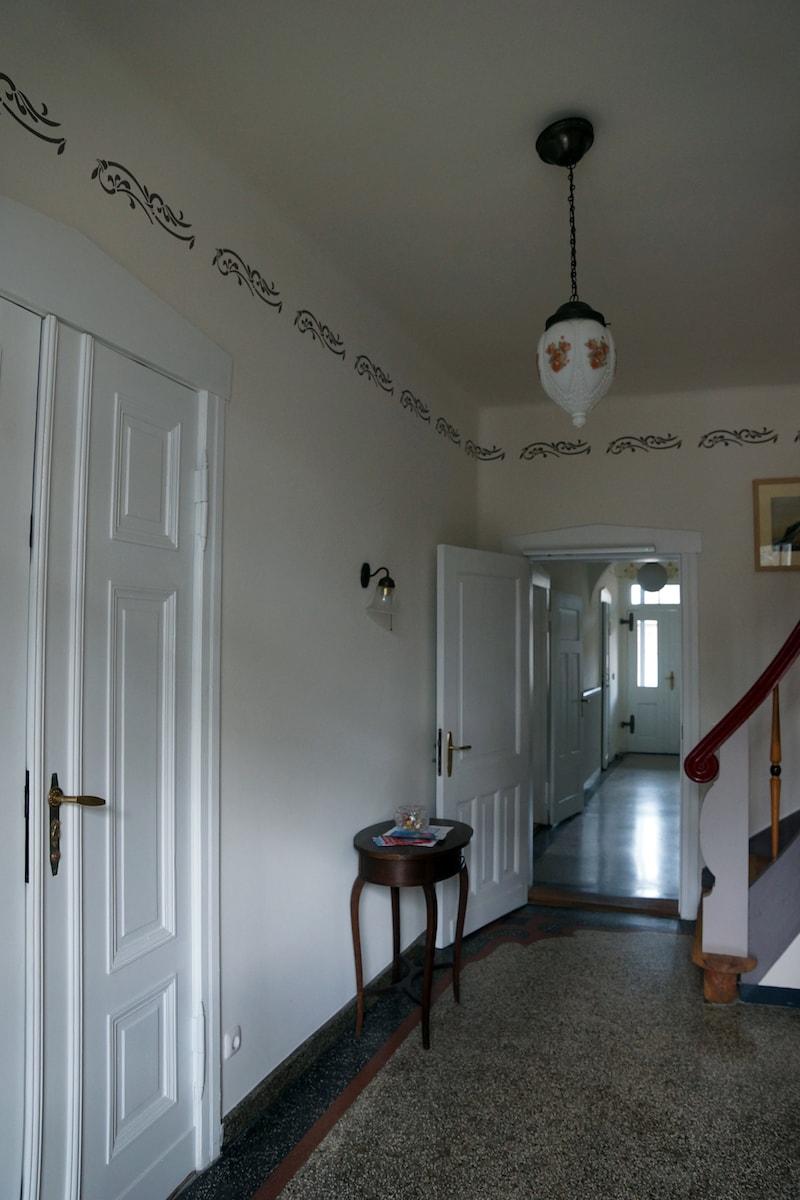 Vierseitenmühlenhof in Gräben / Brandenburg – Hausflur