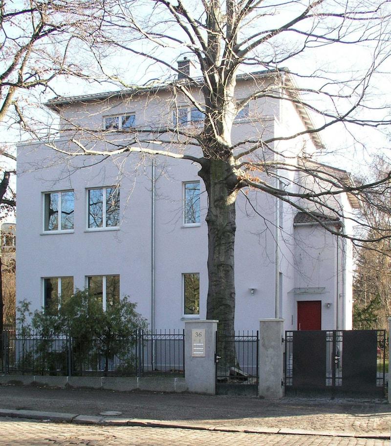 Wohnhaus für zwei Familien in Berlin Umbau – Strassenansicht